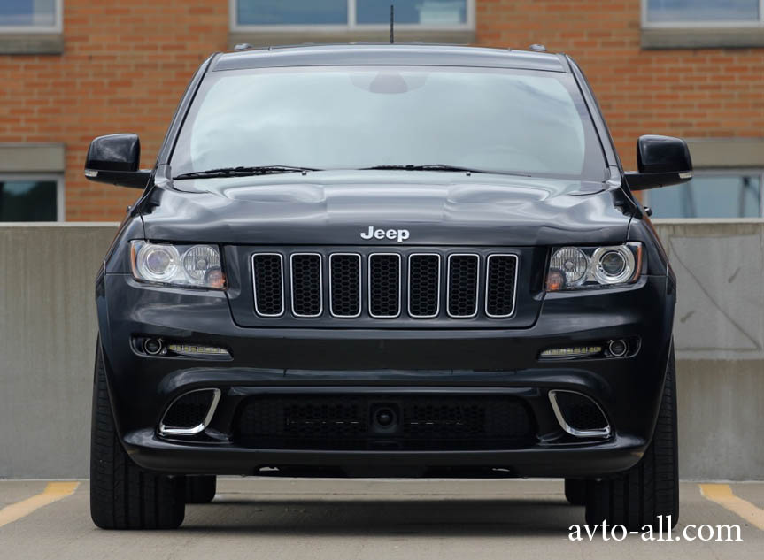 фото jeep grand cherokee srt8
