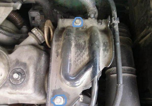 болты на топливном фильтра Форд Фокус 2