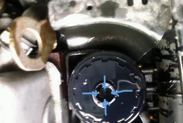 ставим топливный фильтр Форд Фокус 2 и саляра