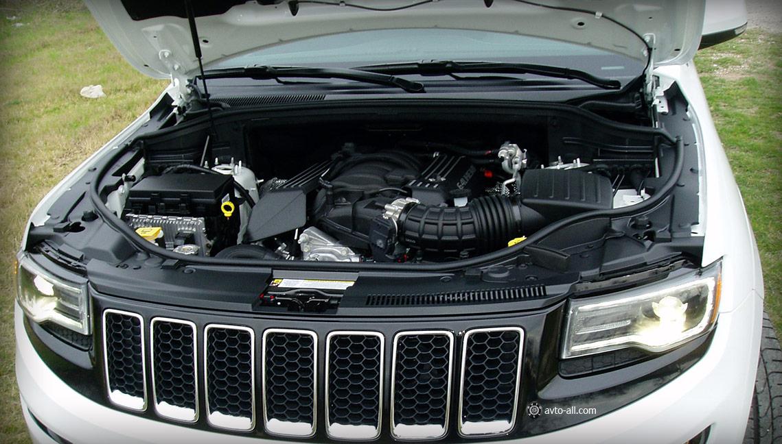 Grand Cherokee SRT фото двигателя
