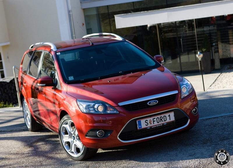 Автомобиль Ford Focus 2 рестайлинг 2014