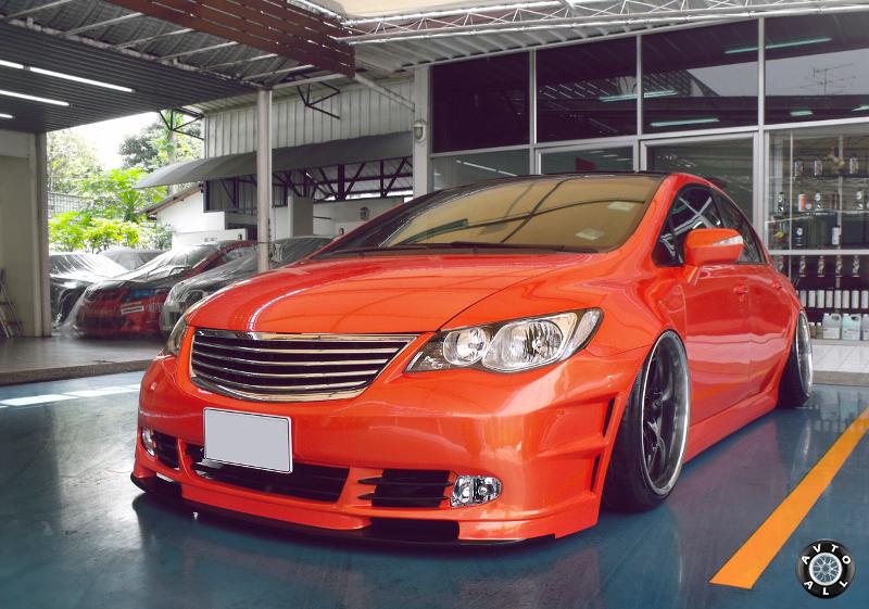 Honda Civic стильный тюнинг