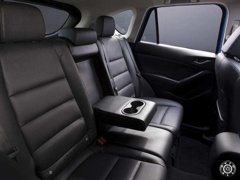 Салон Mazda CX-5 рестайлинг