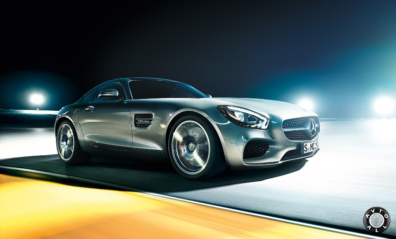 Автомобиль Mercedes amg gt экстерьер