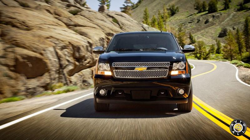 Chevrolet Suburban 2014 фото