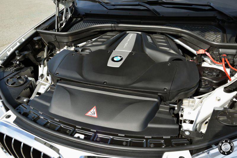 Двигатель BMW X5 xdrive30d