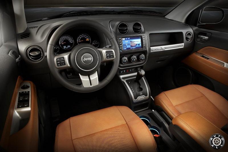 Интерьер нового Jeep Compass