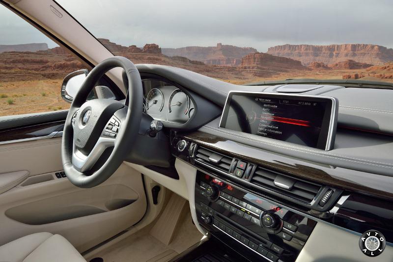 Салон BMW X5 2014 года