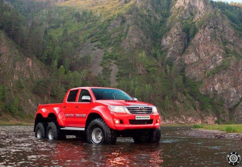 arctic trucks hilux 6x6