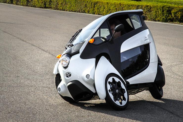 Toyota экспериментирует с трехколесными автомобилями