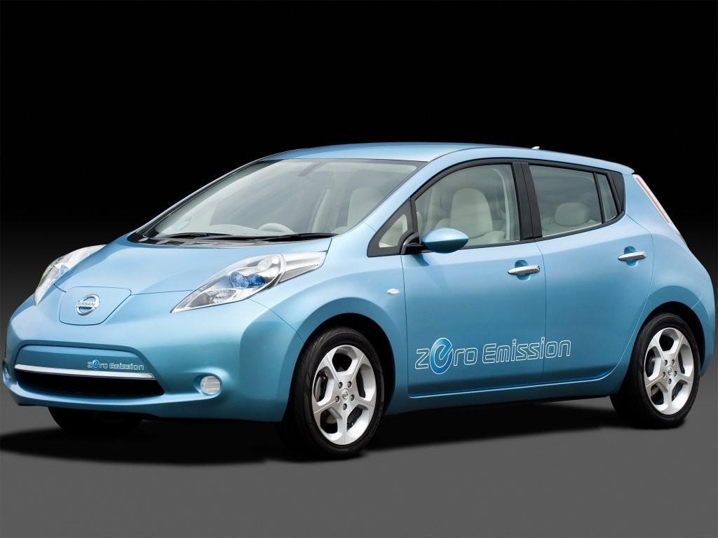 Электрокар Nissan Leaf расходится как пирожки
