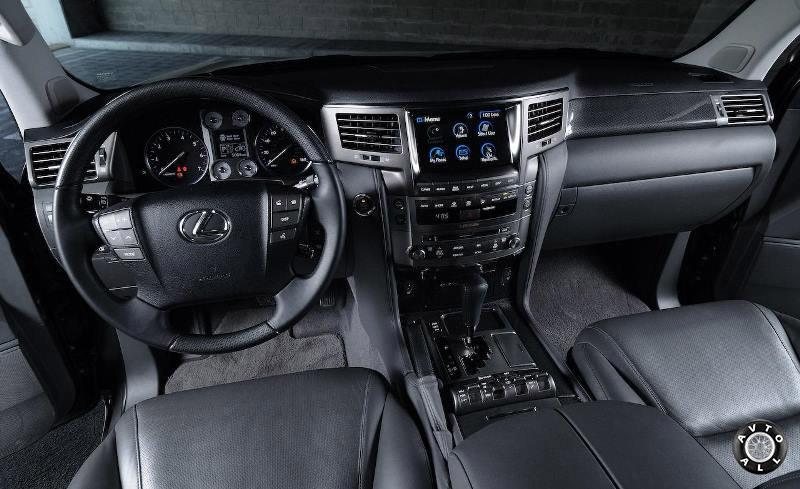 Интерьер Lexus LX 570