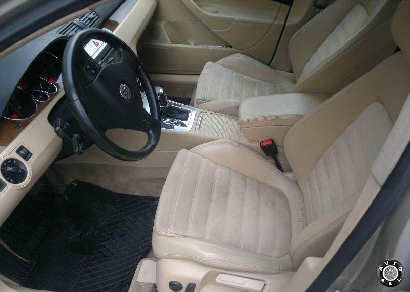 Volkswagen Passat B6 2006 года выпуска салон