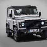 """Выход на """"пенсию"""" для Land Rover Defender отложен на пару месяцев"""