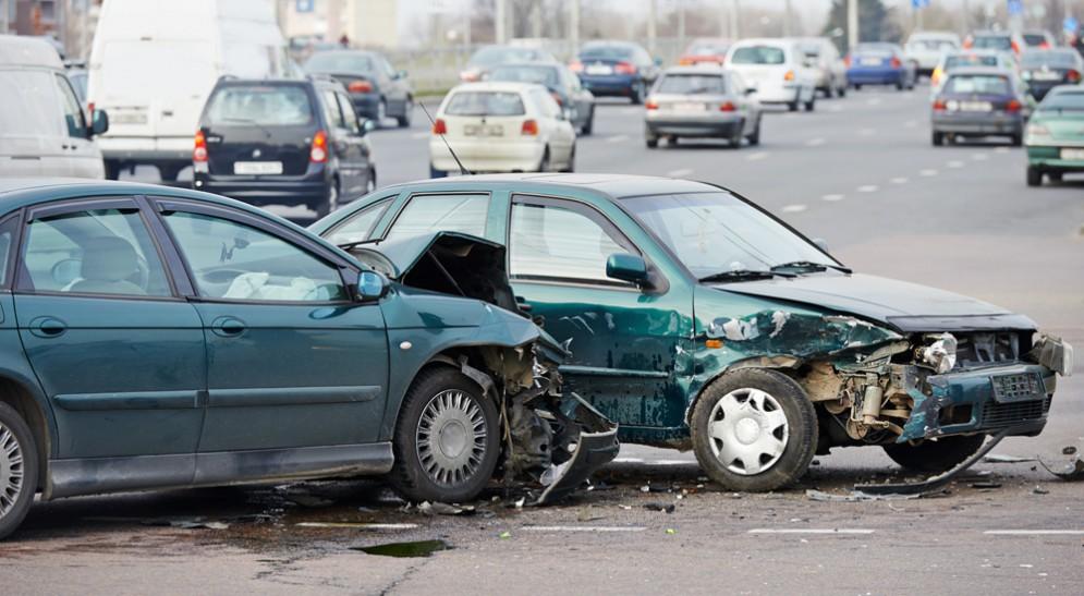 Скоро, сидя за рулем и разговаривая по телефону, можно будет наболтать на десять тысяч