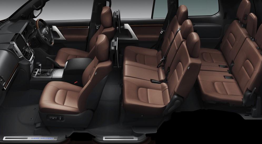 Обновился Toyota Land Cruiser 200