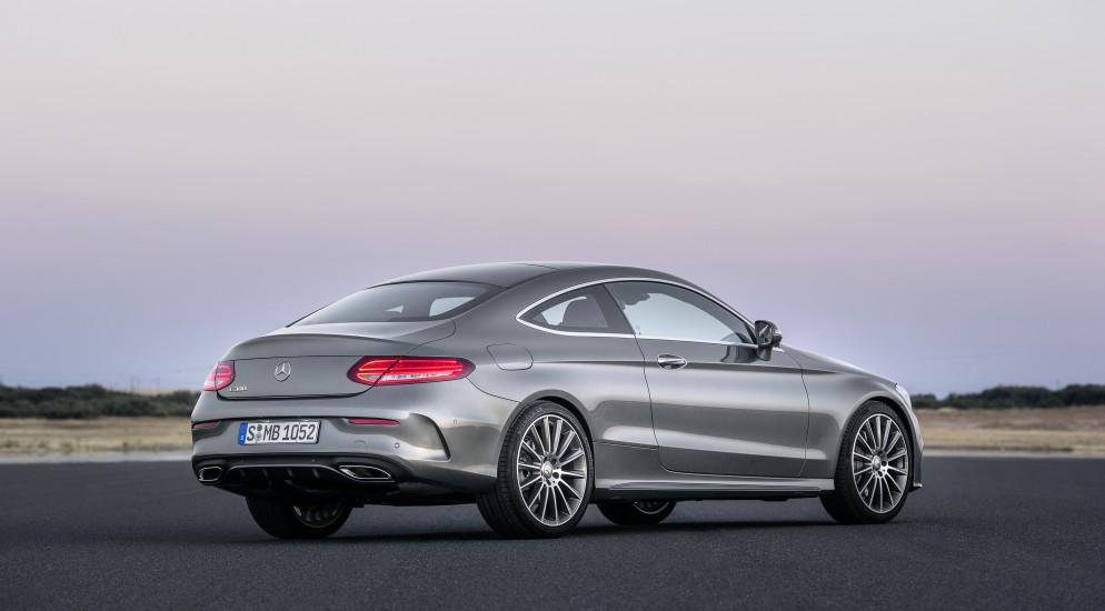 Немцы проанонсировали новый купе С-класса в онлайн-режиме