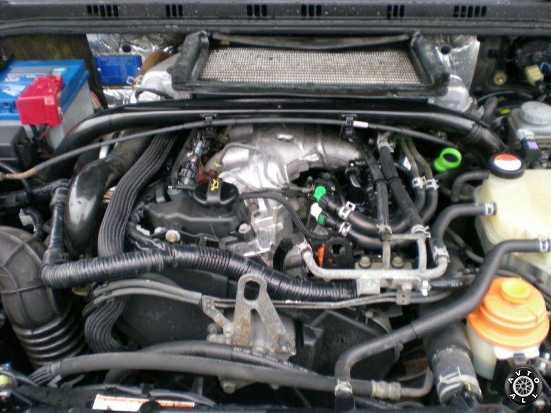 Автомобиль Suzuki Grand Vitara 1 2005 года