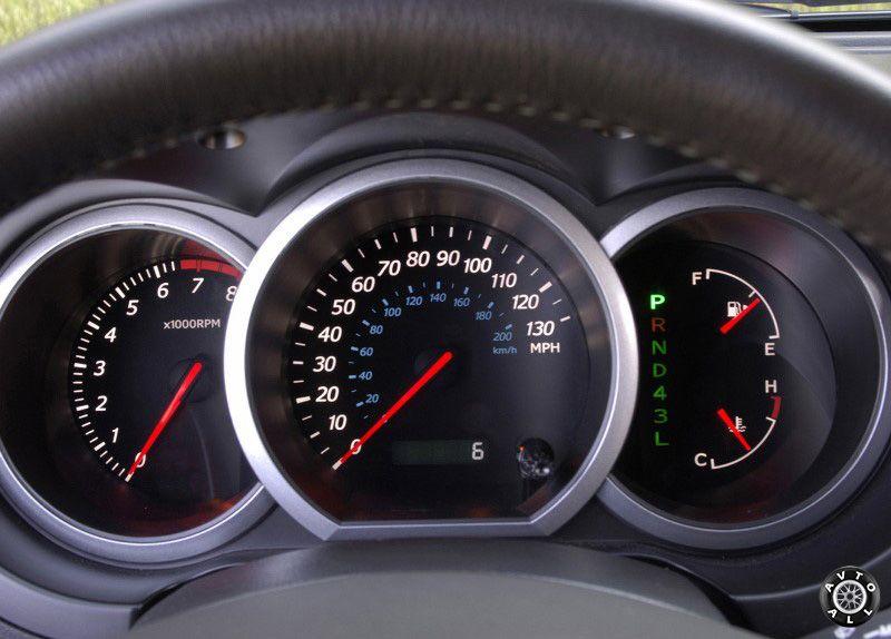 Suzuki Grand Vitara 2005 салон авто
