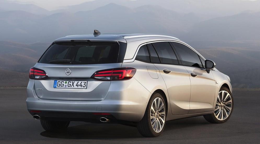 Во Франкфурте немцы покажут универсал Opel Astra Sports Tourer
