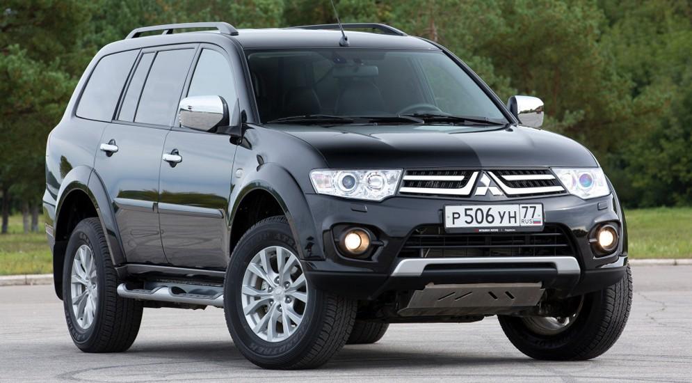 Mitsubishi Pajero будет дешевле на триста тысяч весь сентябрь