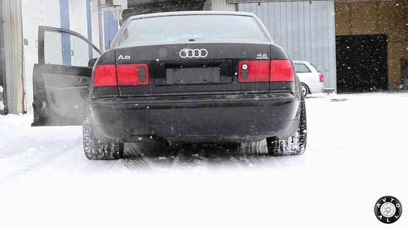 Audi A8 (D24D) дрифт по снегу