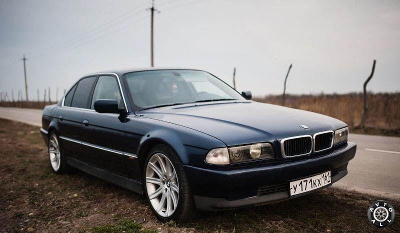 BMW 7 (E38) фото