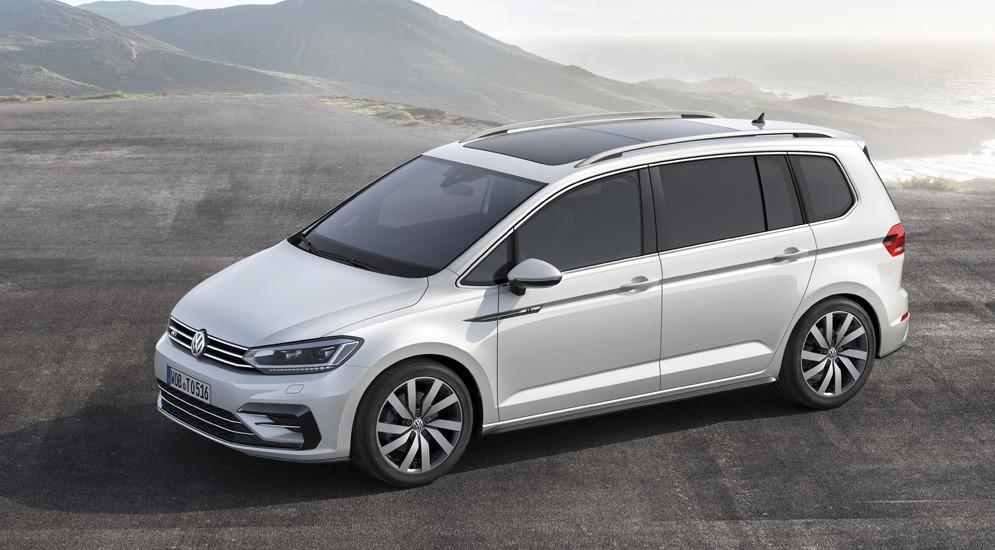 Минивен Volkswagen Touran получил пакет R-Line