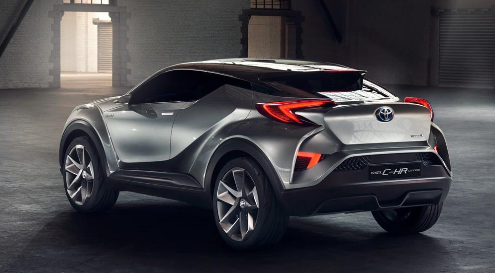 Toyota C-HR с нового года станет прямым конкурентом Nissan Juke