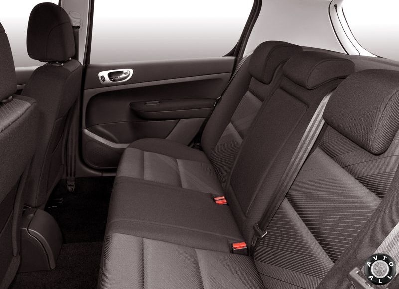 Peugeot 307 задний диван