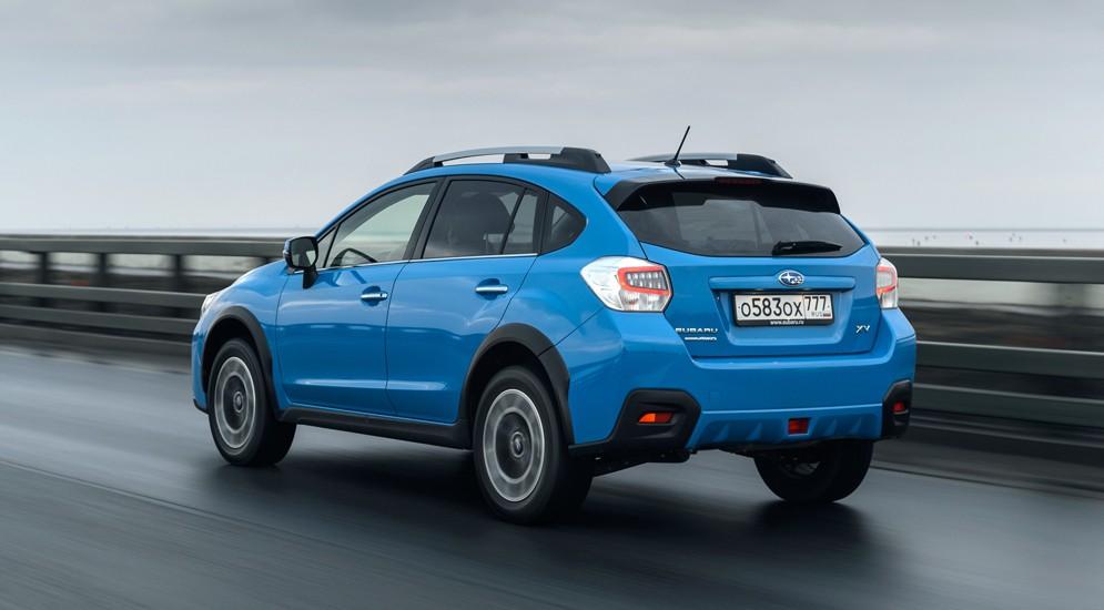 """Озвучены рублевые цены на рестайлинговый """"кросс"""" Subaru XV"""