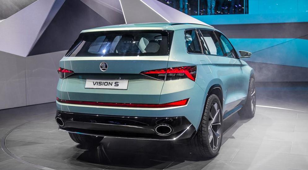 Стало известно, когда чехи начнут продавать свой новый SUV Skoda VisionS