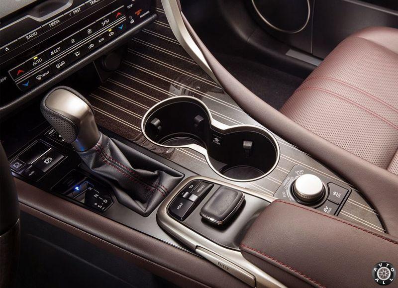 Lexus RX 2015-2016 салон