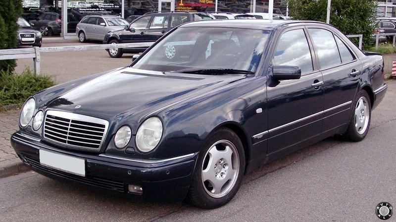 Mercedes-Benz W210