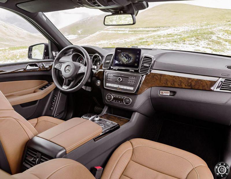 салон Mercedes GLS 2016