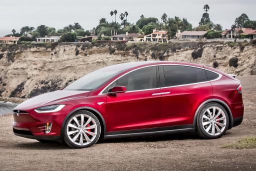 Tesla скоро покажет свой первый электропикап