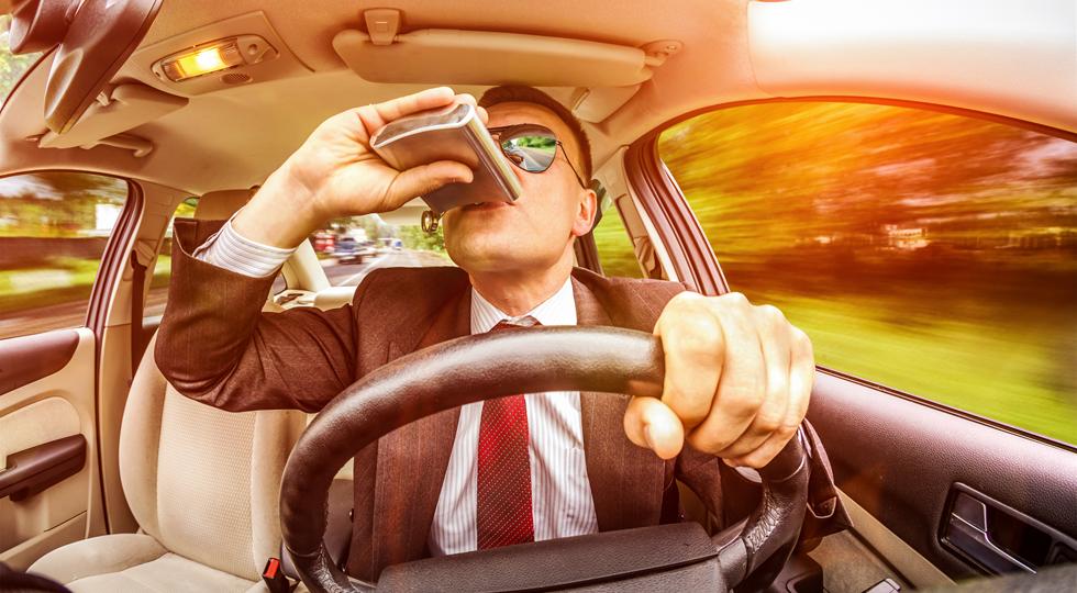 Пьяным водителям придется выкупать свое авто со штрафстоянок