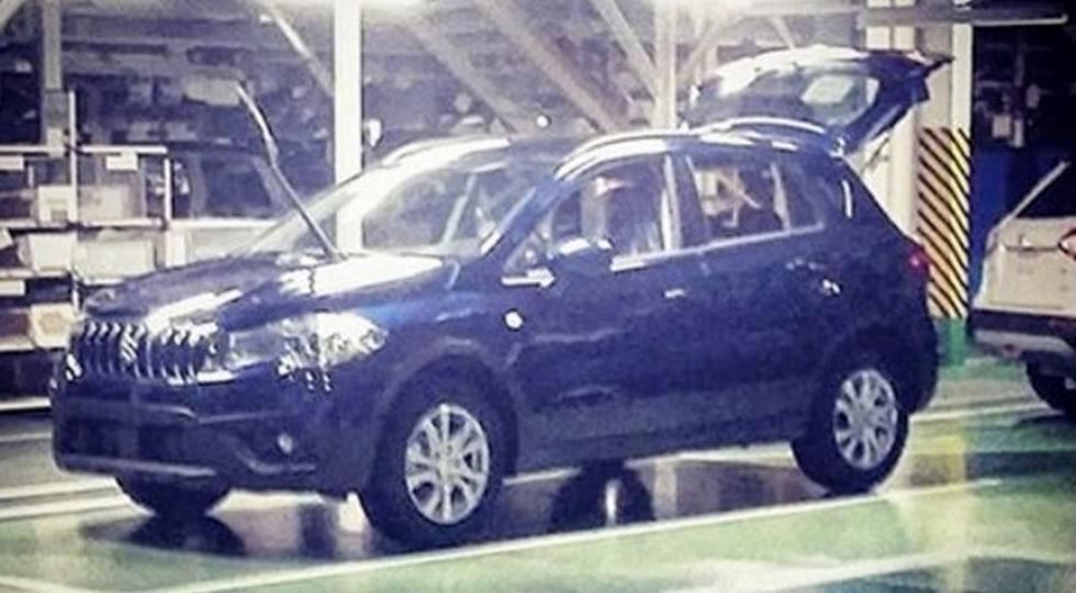 В Инстаграме опубликовано фото рестайлингового Suzuki SX4