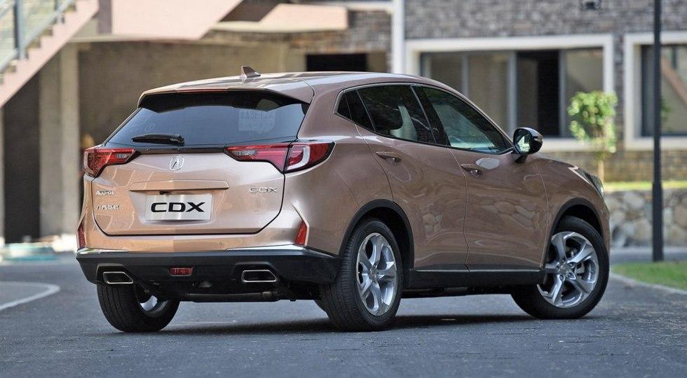 Японский компакт-кроссовер Acura CDX стоит меньше своих конкурентов