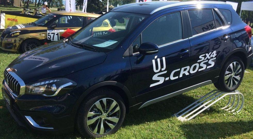 В Сети опубликованы фото модернизированного Suzuki SX4 без камуфляжа