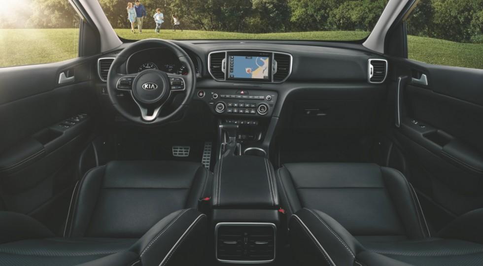 Российские автодилеры получили новые комплектации кроссовера Kia Sportage