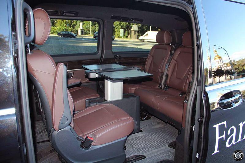 mercedes-benz-v-class столик