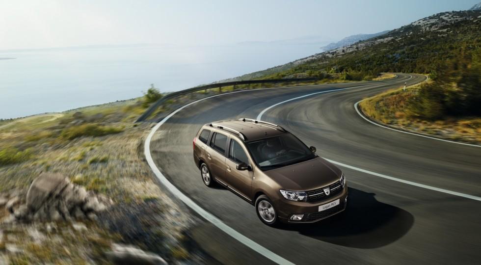 На Парижском авто-шоу Dacia показала обновленные, но не подорожавшие Дастер, Логан и Сандеро