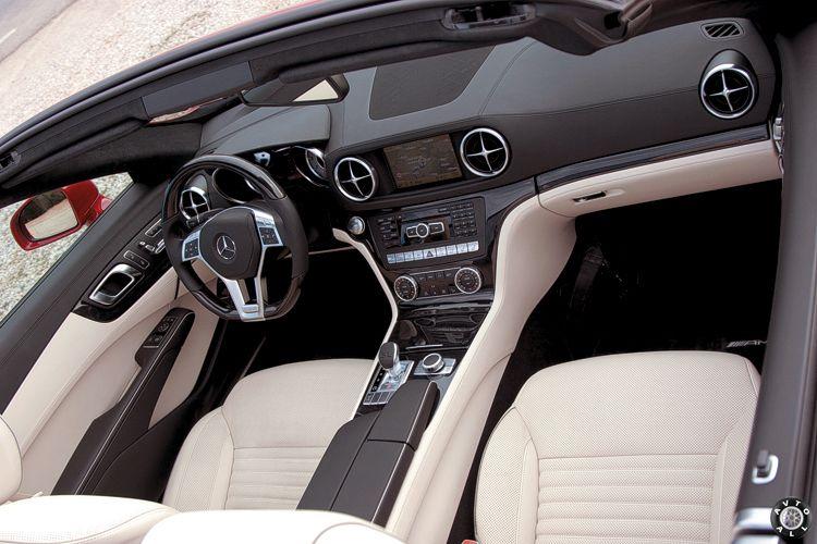 Салон Mercedes SL