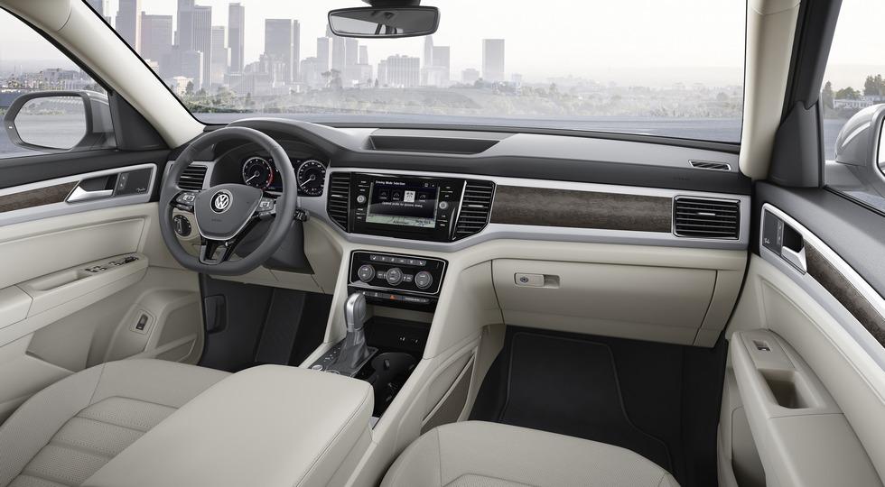 Немцы показали свой Volkswagen Atlas еще и в Лос-Анджелесе