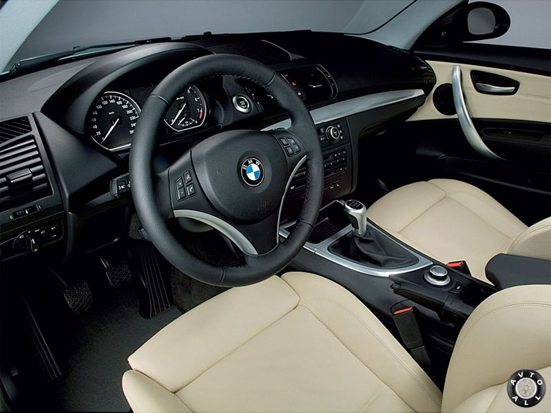 BMW 1 series E87 салон