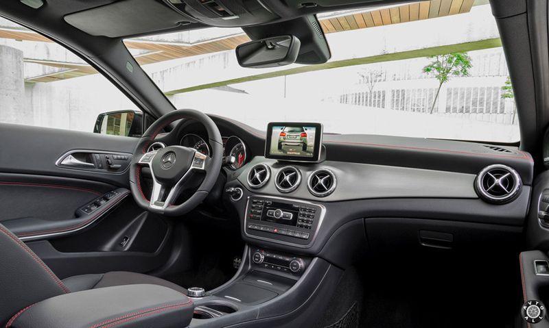 Mercedes GLA салон