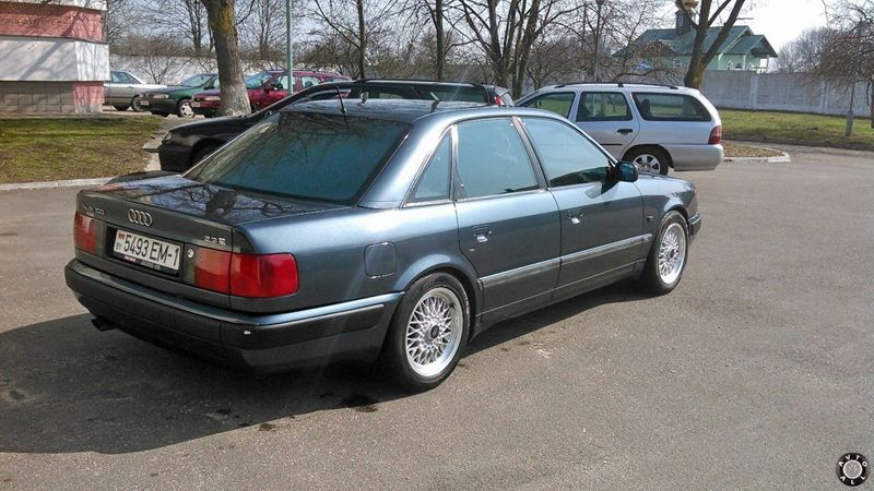 Audi 100 C4 2,3