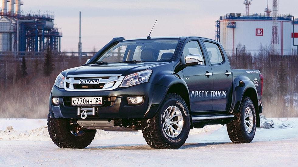 """Оттюнингованный инженерами ателье """"Арктик Трак"""" грузовик Исузу D-Max прибыл к российским автодилерам"""