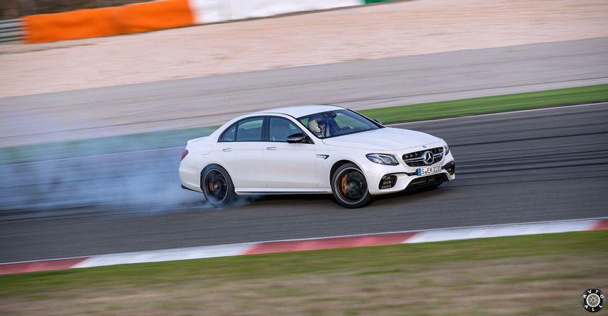 Mercedes AMG E 63 S трек